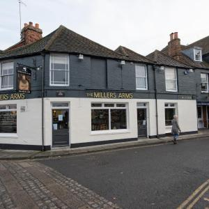 Hotel Pictures: The Millers Arms Inn, Canterbury