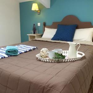 Hotel Pictures: VVF Villages Montbrun Les Bains, Montbrun-les-Bains
