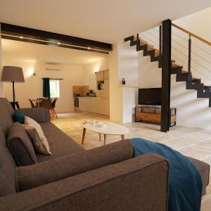 Hotel Pictures: VILLAS DU LUBERON - Un Loft en Luberon, Bonnieux