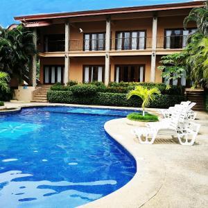 Hotel Pictures: Hotel las palmeras, Carrillo