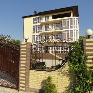 Фотографии отеля: Гостевой дом «Fiorente», Анапа