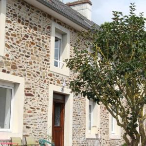 Hotel Pictures: ' L' Abri cotier ', Saint-Jean-le-Thomas