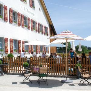 Hotel Pictures: Auberge Chez l'Assesseur - Mont-Soleil, Saint-Imier