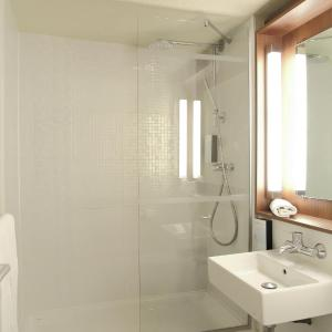 Hotel Pictures: Campanile Villennes-Sur-Seine - Poissy, Villennes-sur-Seine