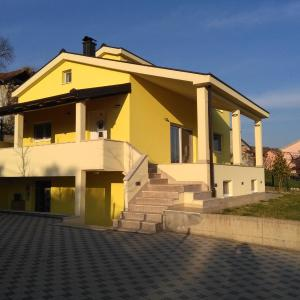 Hotellikuvia: Holiday House Krizanovic, Domanovići