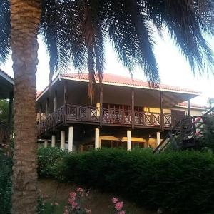 Hotel Pictures: 3-bdr Villa at Blue Bay Golf & Beach Resort, Blue Bay