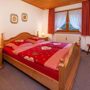 Hotel Pictures: Ferienwohnung Moritz, Reit im Winkl