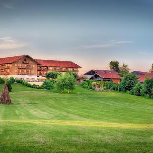 Hotelbilleder: Hotel und Landgasthof Altwirt, Großhartpenning
