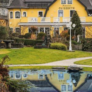 Hotelbilleder: Pension Elisabeth, Seeboden