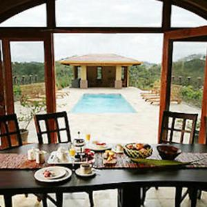 Hotel Pictures: Lrg Costa Rica Villa, El Jobo