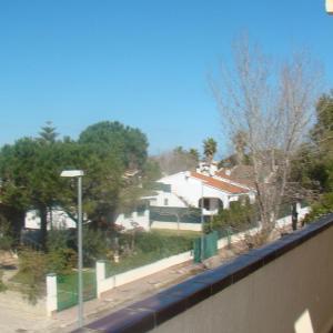 Hotel Pictures: Apartament David, Deltebre
