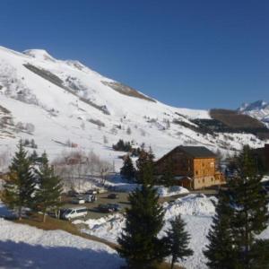Hotel Pictures: Apartment Plein sud c, Mont-de-Lans