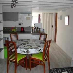 Hotel Pictures: Apartment Ma ternoise, Stella-Plage