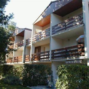 Hotel Pictures: Apartment St georges de didonne, appartement dans petite residence proche plage, Saint-Georges-de-Didonne
