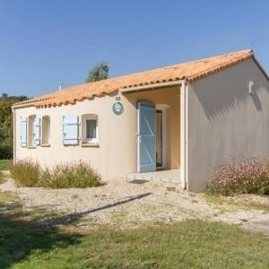 Hotel Pictures: House Touvois - 4 pers, 52 m2, 3/2, Touvois