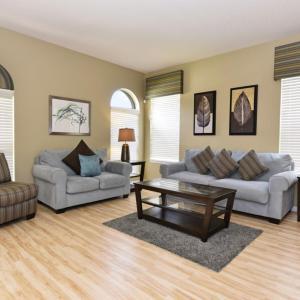 Hotellbilder: Six-Bedroom Tigerlily Villa #112, Loughman