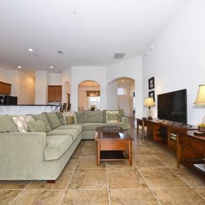 Hotellbilder: Five-Bedroom Yellow Villa #237, Loughman