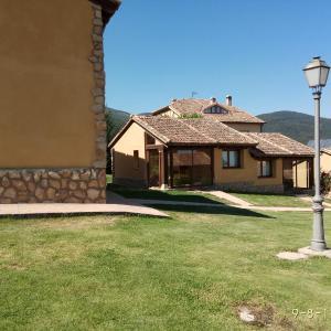 Hotel Pictures: Hotel & Spa Manantial del Chorro, Navafría