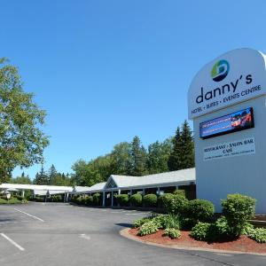 Hotel Pictures: Danny's Hotel Suites Events Center, Beresford