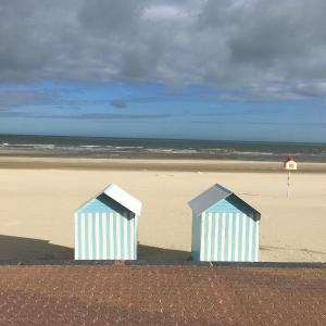 Hotel Pictures: Holiday Appartment Villa Les Peupliers, Bray-Dunes