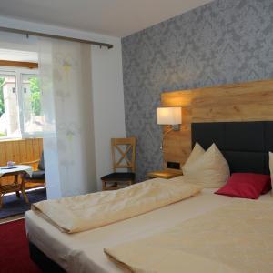 Hotelbilleder: Schwarzes Lamm, Rothenburg ob der Tauber