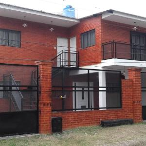 Zdjęcia hotelu: Apartamentos Villa Jardin, Reyes