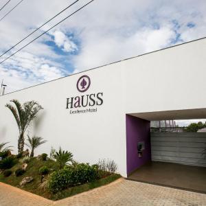 Hotel Pictures: Hauss Excellence Motel, Sete Lagoas