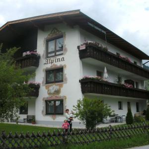 Hotelbilleder: Haus Alpina, Walchsee