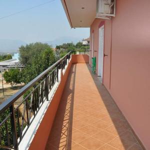 Fotografie hotelů: George's Apartments Delvine, Delvinë