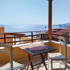 Hotellbilder: Apartment Sarande with Sea View 04, Gjashtë