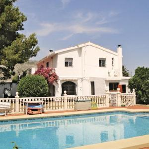 Hotel Pictures: Holiday home Partida Mollons, Ondara