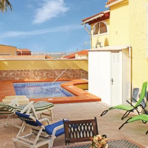 Hotel Pictures: Two-Bedroom Holiday home San Fulgencio with an Outdoor Swimming Pool 08, La Marina