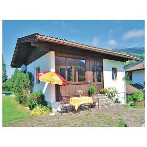 Hotel Pictures: Holiday Home Sonnenschein - 04, Westendorf