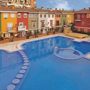 Hotel Pictures: Two-Bedroom Apartment Alboraya with an Outdoor Swimming Pool 02, Alboraya