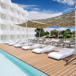 Hotel Pictures: Inturotel Cala Esmeralda - Adults Only, Cala d´Or