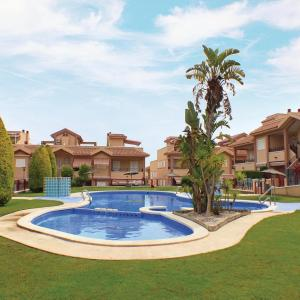 Hotel Pictures: Three-Bedroom Holiday Home in Gran Alacant, Gran Alacant