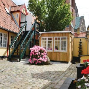 Hotel Pictures: One-Bedroom Apartment in Ribe, Ribe