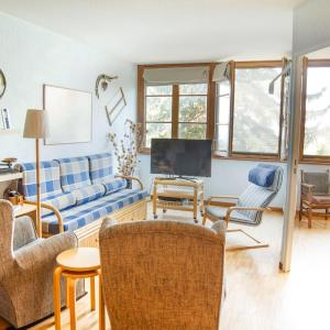 Hotel Pictures: Apartamento Montana Park, Enveitg