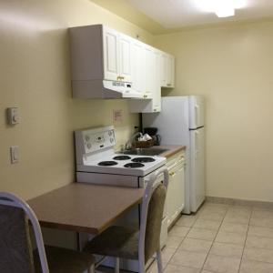 Hotel Pictures: Western Budget Motel #1 Grande Prairie, Grande Prairie