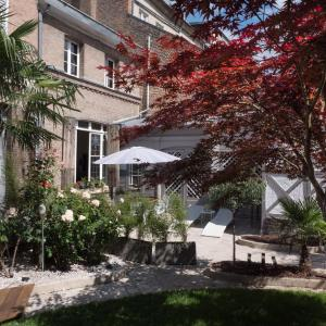Hotel Pictures: Une Maison En Ville Chambre d'hotes, Amiens