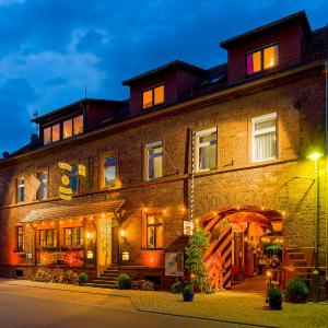 Hotel Pictures: Landhotel Drei Lilien, Werbach