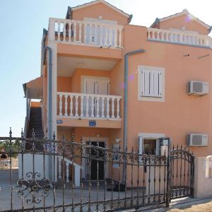 Fotos do Hotel: Apartment Vodice Obrove II, Vodice