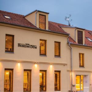 Hotel Pictures: Hotel Besední Dům, Valtice