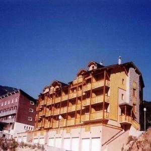 Hotel Pictures: Apartment Les terrasses du llaret, Les Angles