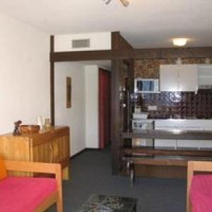 Hotel Pictures: Apartment Cabourg b, Mont-de-Lans