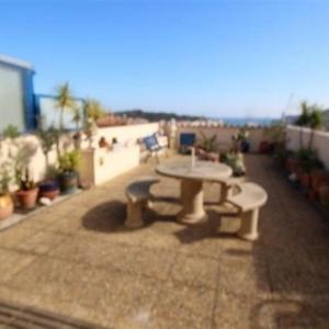 Hotel Pictures: Apartment Très bel appartement t2 sur la commune de port-vendres, avec grande terrasse et place de parking privé, Port-Vendres