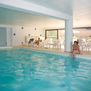Hotel Pictures: Madame Vacances Résidence Le Mas Des Oliviers, Uzès