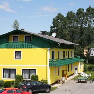 酒店图片: Haus Ferienwohnungen Angelika, Sankt Primus am Turnersee