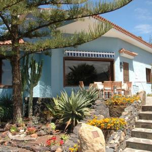 Hotel Pictures: Villa auf einer Finca mit Pool - F255 - [#60698], La Matanza de Acentejo