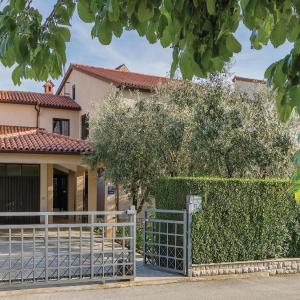 Hotelfoto's: Two-Bedroom Apartment in Valbandon, Fažana